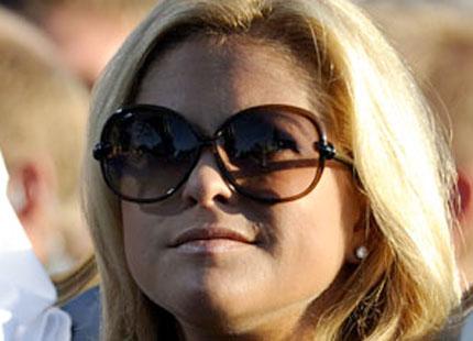 Lotta Wretman vet mer om prinsessan Madeleines solglasögon  0d046a71993b3
