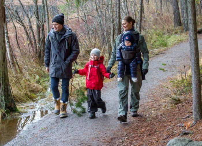 Kronprinsessfamiljen önskar god jul. December 2016.