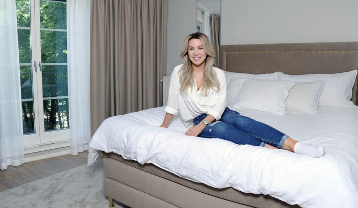 Therése Lindgren älskar sänggaveln från In Bed Sweden med nitar.