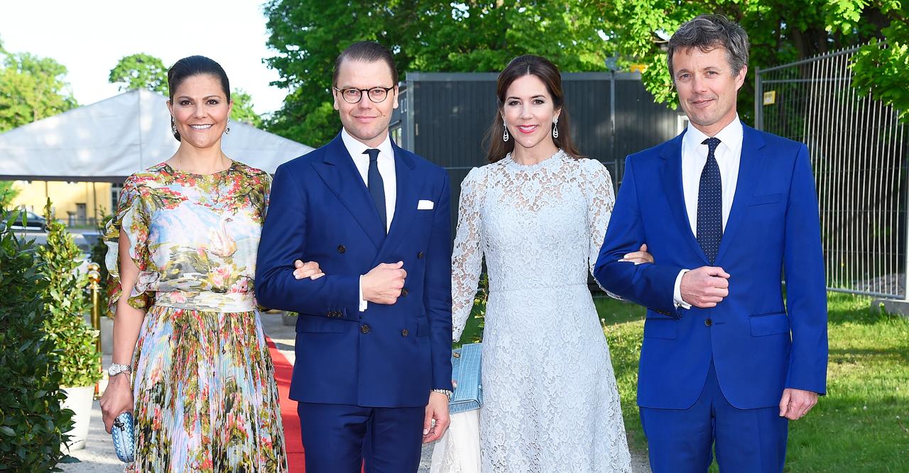 Nu ska Victoria och Daniel få danskarna att älska Sverige!