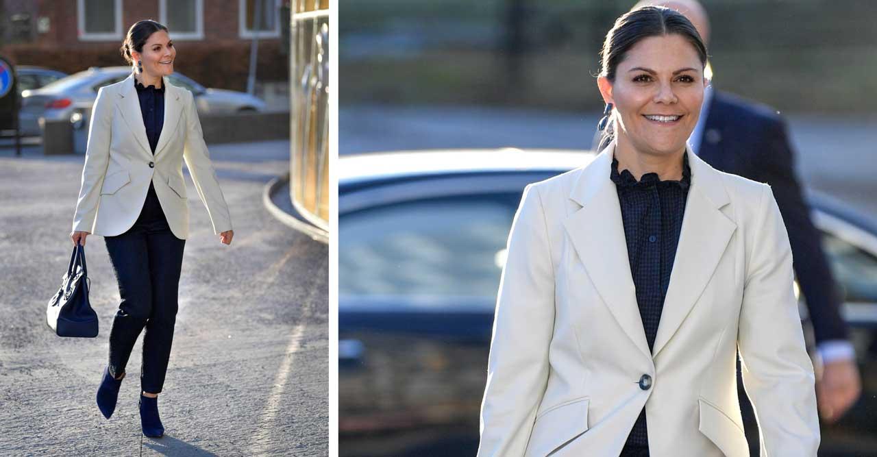 Victoria bär ny vit kavaj – från Baum und Pferdgarten
