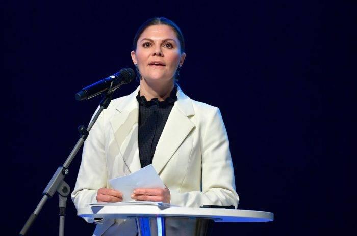 """Kronprinsessan Victorias tal vid """"Nationella cancerstrategin 10 år"""" på Karolinska institutet."""