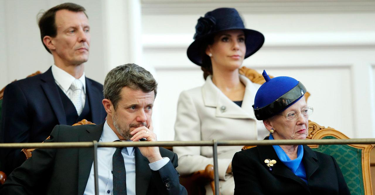 Stort pengabråk i kungafamiljen – Margrethe måste säga ifrån till sonen