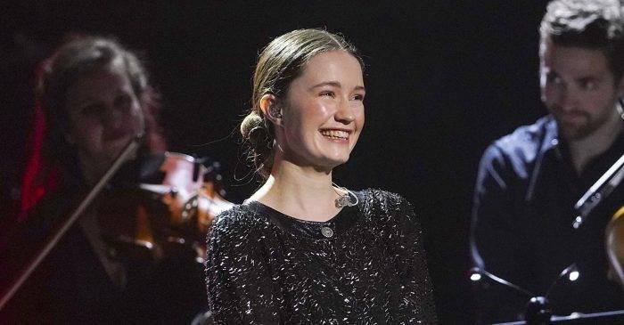 Norwegian Sigrid se abrió paso a los 19 años con la canción Don