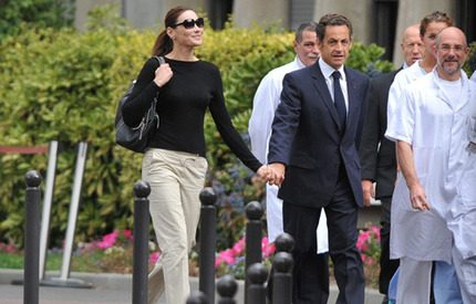 Är Carla för ung och pigg för president Sarkozy?