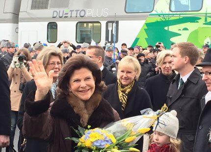 Drottning Silvia fick fina presenter
