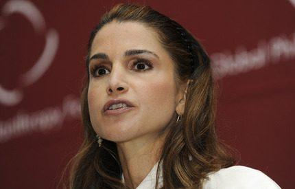 Nu har även drottning Rania börjat med Twitter