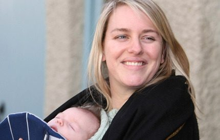 Camilla Parker Bowles dotter Laura väntar tvillingar