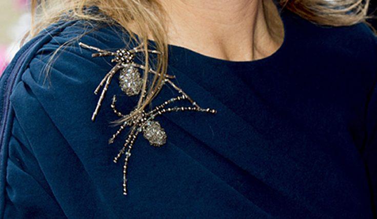 Imse vimse spindlar på drottningens axel