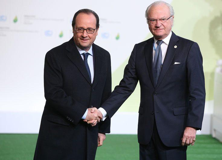 Kungligheterna samlas nu i Paris