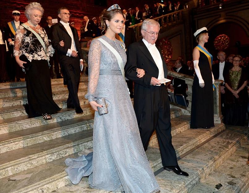 Prinsessan Madeleine gör som Victoria - väljer svensk design
