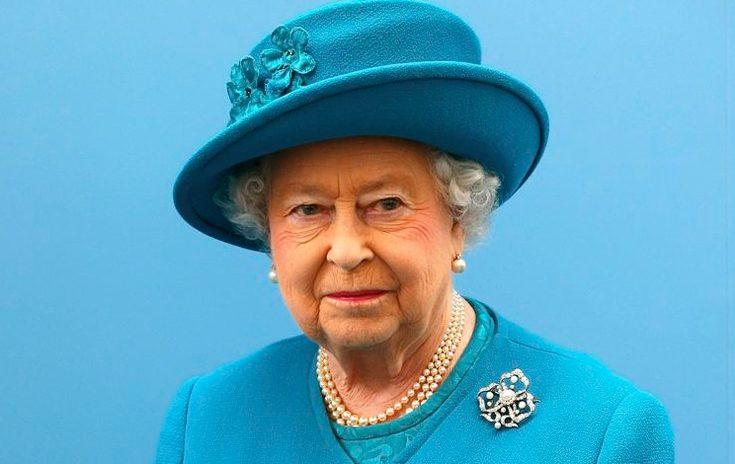 Stjärnfrisör gillade drottning Elizabeths hårfärg