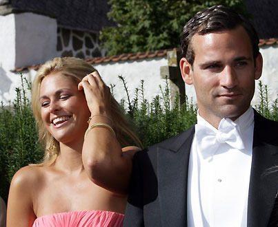 En vacker prinsessa och en stilig jurist - visst är de ett vackert par!