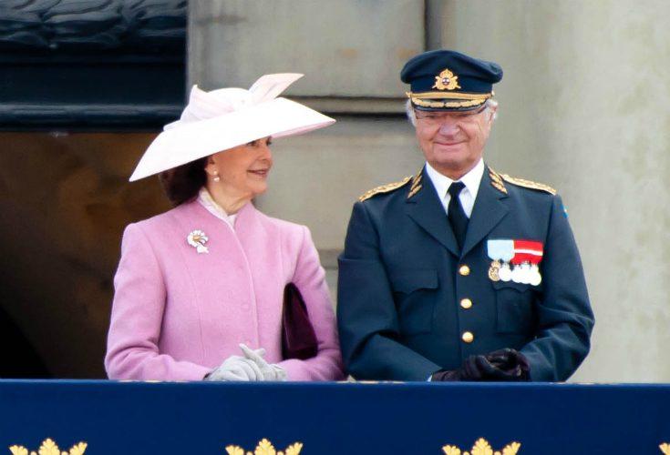 Kungaparets toppmöte på slottet - tar emot världsledaren
