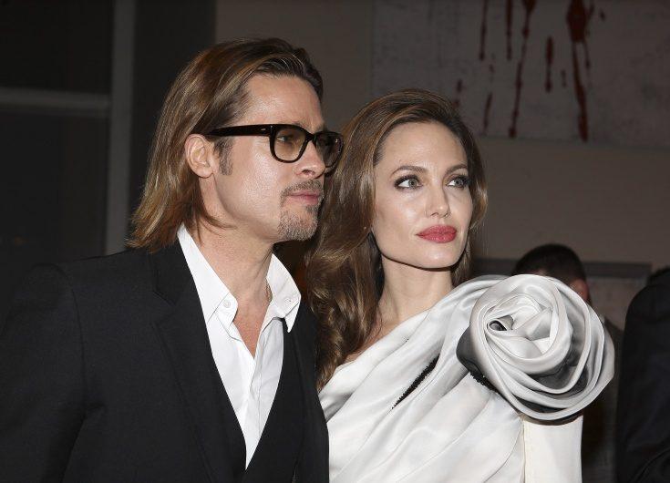Angelina jolies son byter efternamn