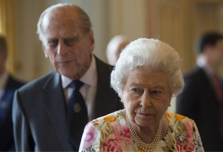 Trista beskedet – Elizabeth ställer in stora firandet