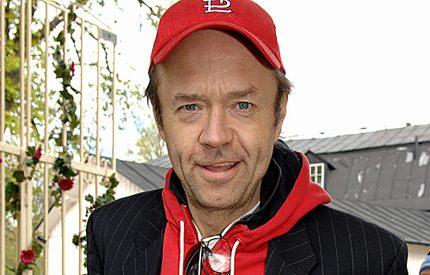 Sambon hittade Ulf Larsson död i hallen