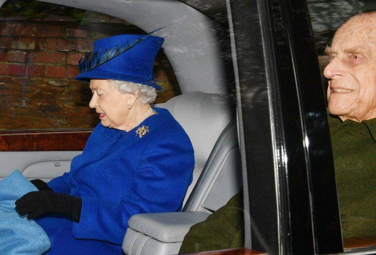 Drottning Elizabeth i sorg - familjemedlemmen har avlidit