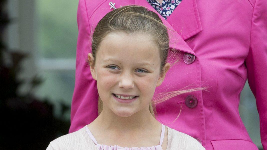 Prinsessan Isabella 10 år – se de nya fina bilderna