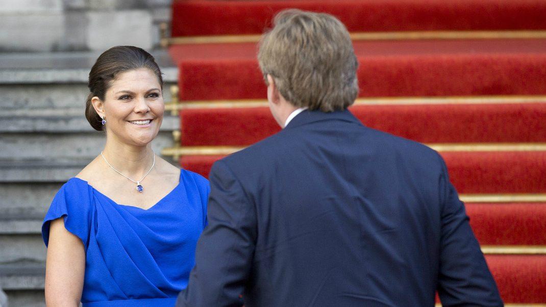Kronprinsessan på ny resa - träffar nära vännen
