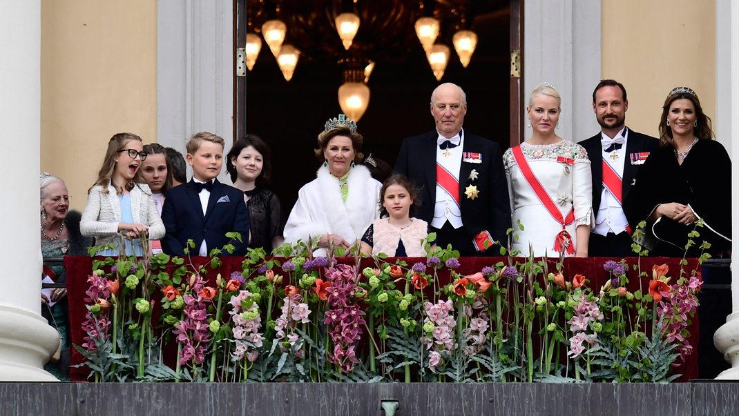 Festen i Oslo är igång – se första bilderna på Victoria!