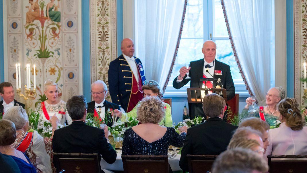 Detta äter kungligheterna just nu – Svensk Damtidning på plats