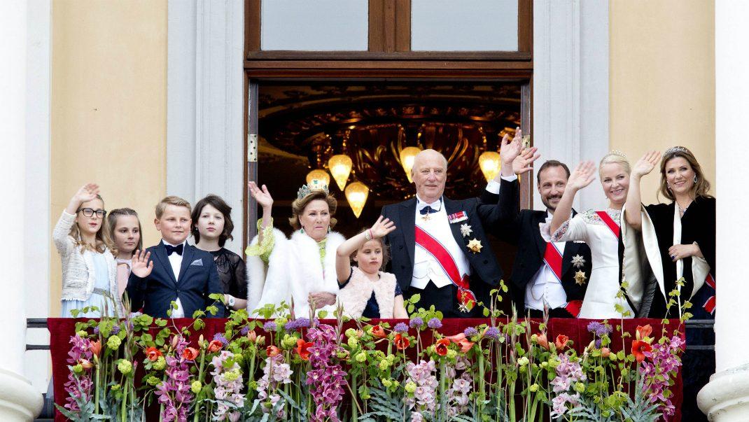 Därför missade barnbarnet Haralds och Sonjas stora fest
