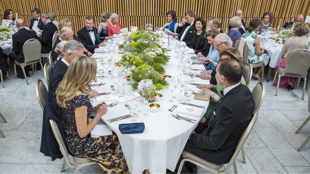 Det äter kungligheterna ikväll - Svensk Damtidning på plats