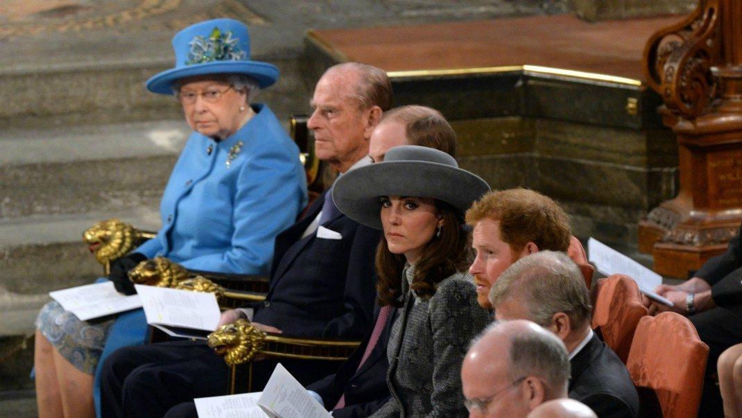 Brittiska kungafamiljens blixtåtgärd efter hemska händelsen
