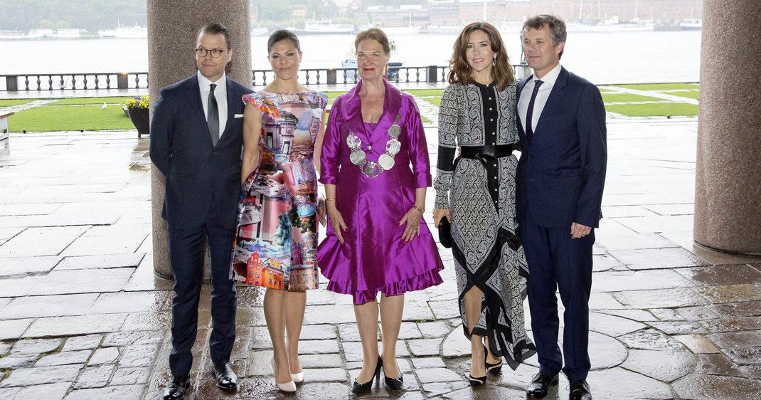 Se bilderna från kvällens kungliga fest
