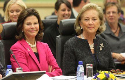 Silvia och Paola på konferens mot trafficking