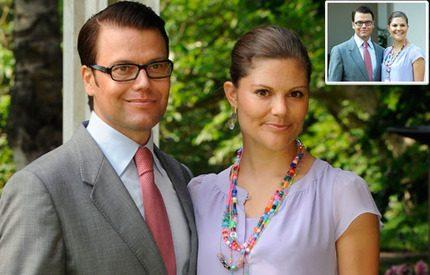 Victoria och Daniel - snart i en brevlåda nära dig...