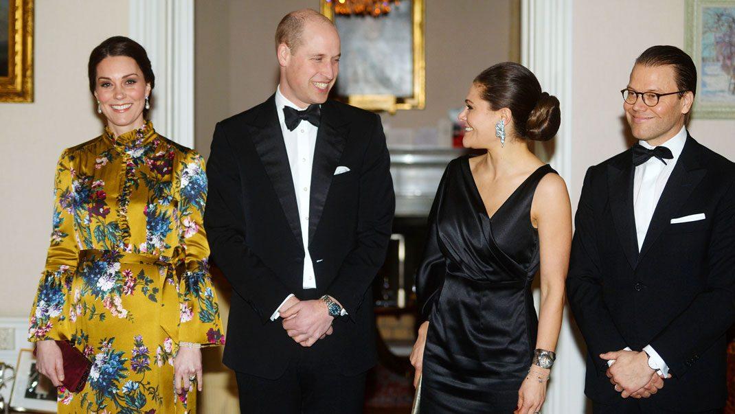 Se bilderna från Victorias och Daniels glammiga kväll med hertigparet