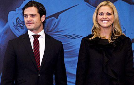 Prinsessan Madeleine följde med storebror prins <br>  Carl Philip på Fotbollsgalan