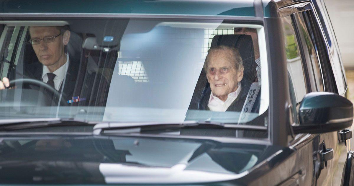 Efter operationen – prins Philip har lämnat sjukhuset