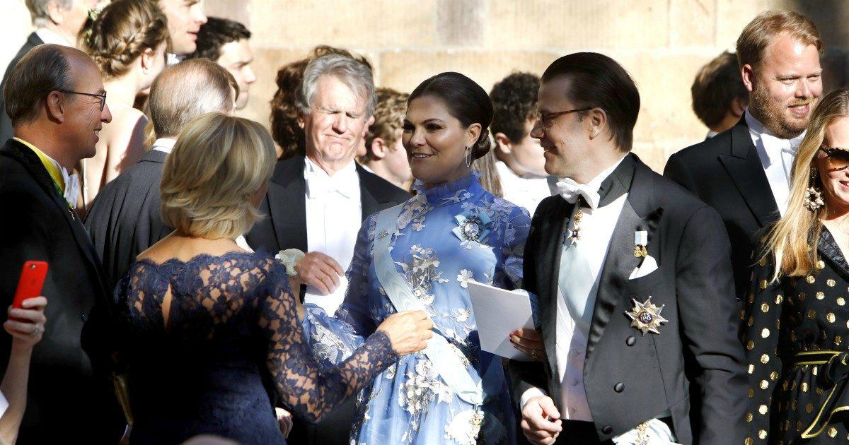 Kronprinsessan Victoria och prins Daniel med Cristina Stenbeck och Alexander Fitzgibbons på Joen Bonniers och Jessica Crawleys bröllop i Hedvig Eleonora Kyrka i Stockholm 2018-05-12.