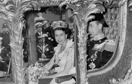 Försvunnen 3D-film från drottning Elizabeths kröning sänds i tv