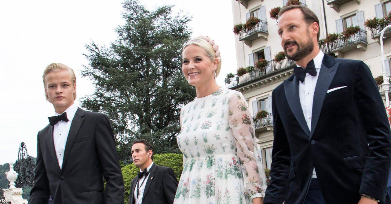 Kronprinsessan Mette-Marits fina stöd från familjen