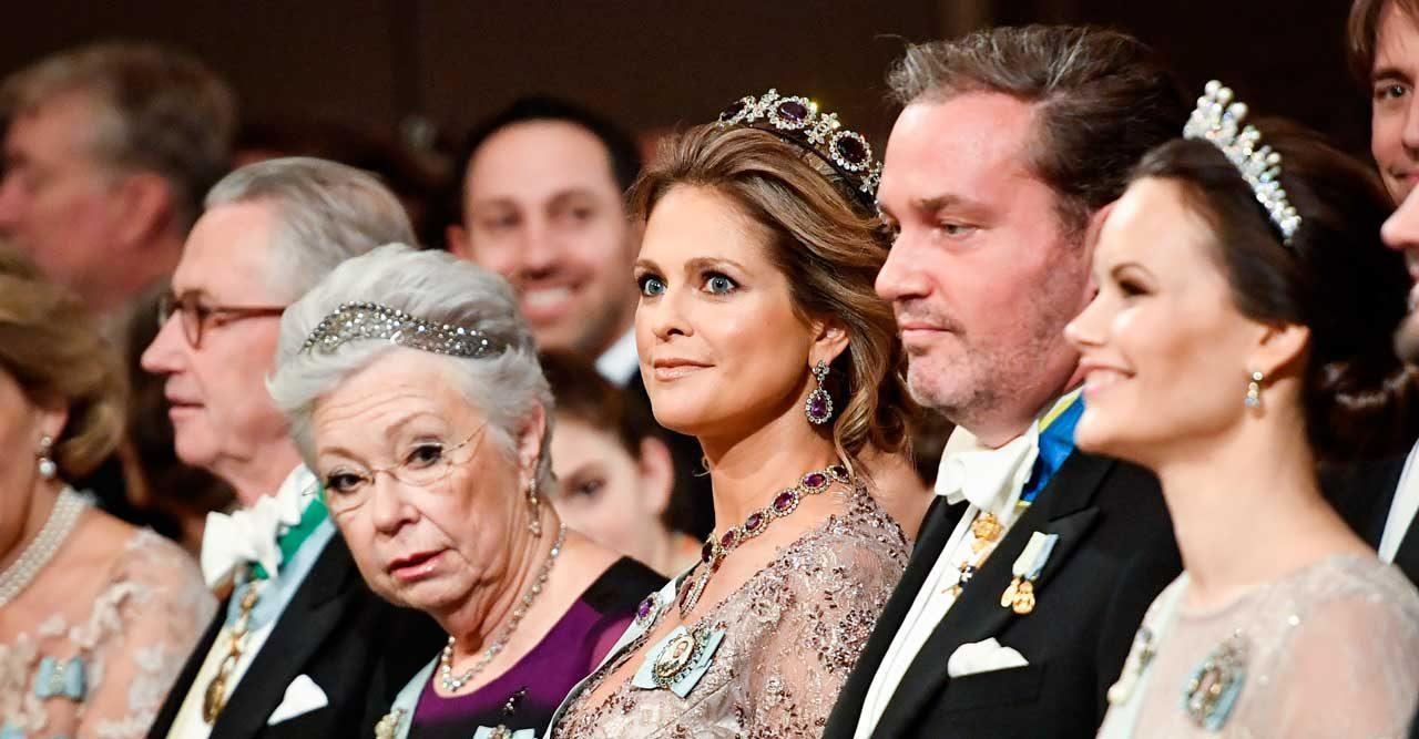 Vi avslöjar! Prinsessan Madeleine kommer inte hem till Nobel