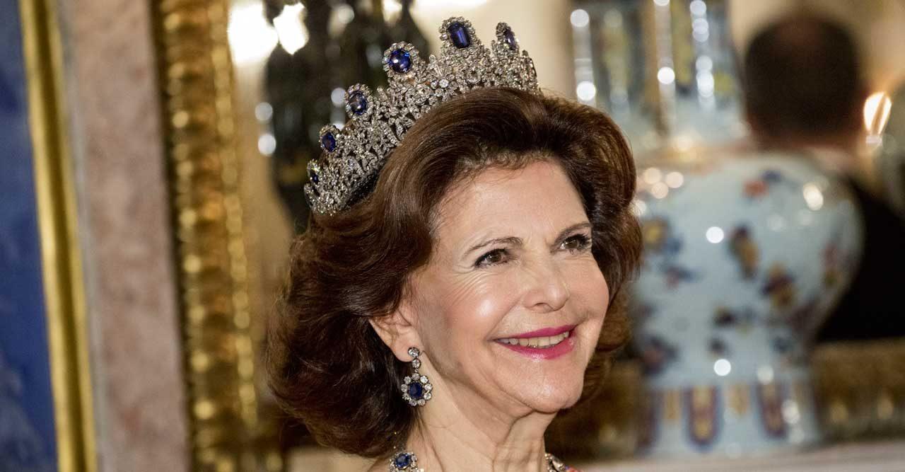 Se bilderna! Allt om drottning Silvias juveler