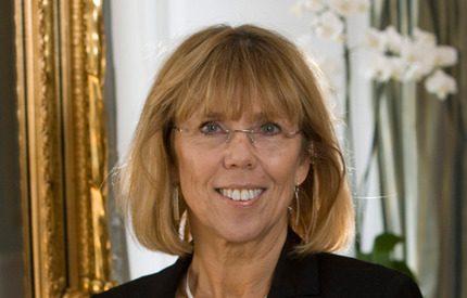 Elin Nordegrens mamma akut till sjukhus