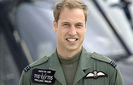 Prins William vill sitta <br>vid spakarna