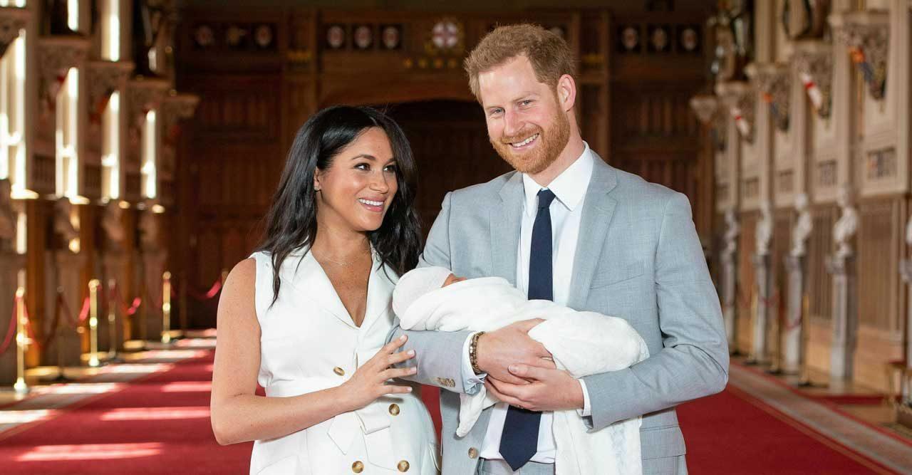 Därför fick vi inte veta namnet på prins Harrys och Meghan Markles son