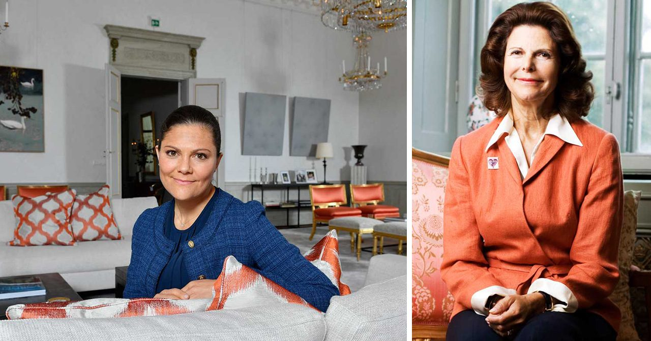 Kronprinsessan Victoria i sitt vardagsrum. Drottning Silvia i en soffa.