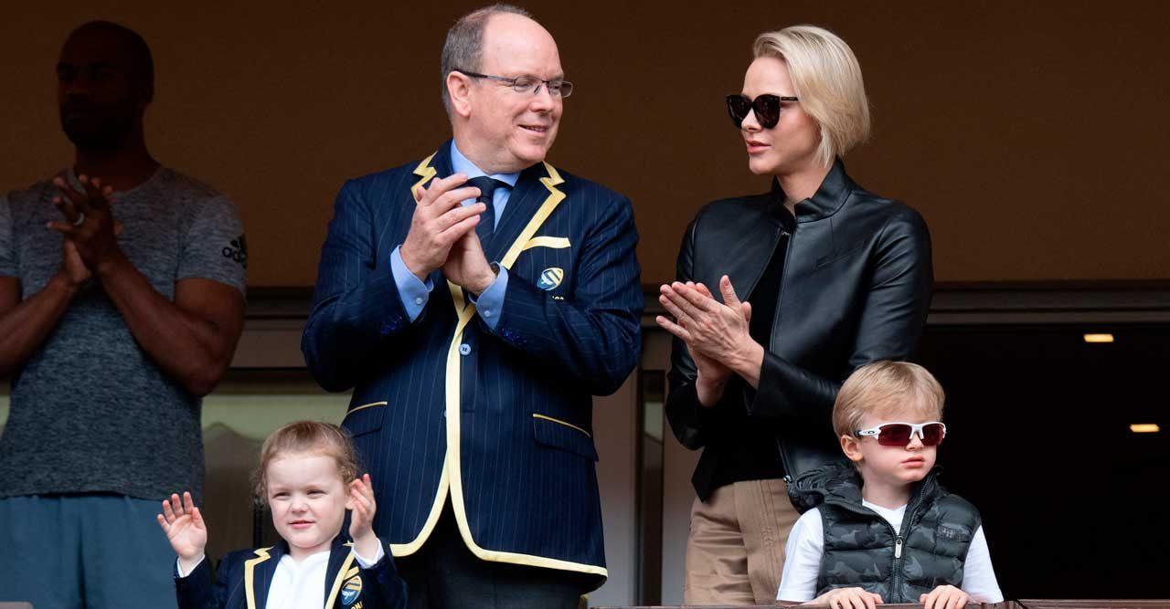 Kungliga lyxtvillingarna från Monaco briljerar igen