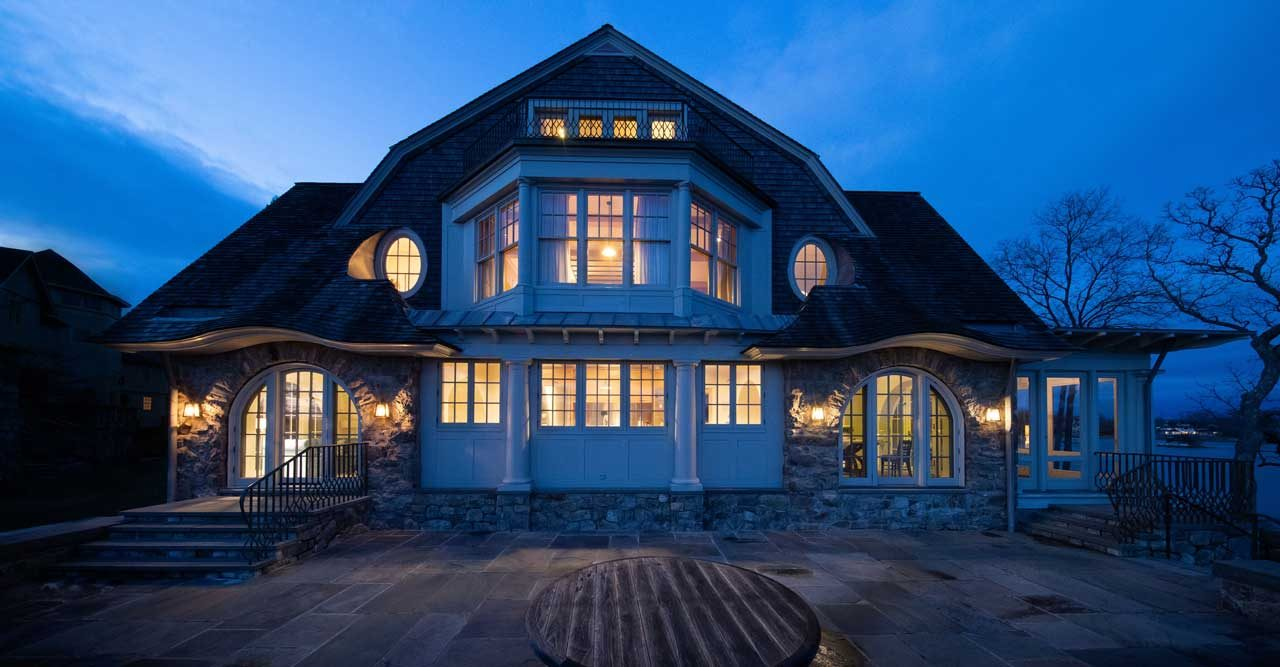 Titta in i legenden Charles Lindberghs hem – nu på marknaden!