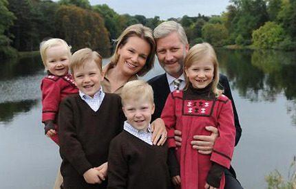 Härliga nya bilder på belgiska kronprinsparet