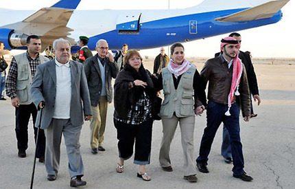 Prinsessan Haya kom flygandes med 90 ton förnödenheter till Haiti