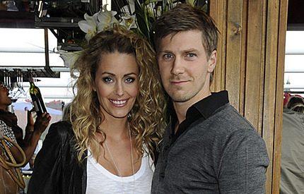 Jessica och Linus Wahlgren har fått en son
