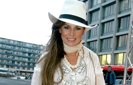 Carola körde vilda västernstil på premiären av sin nya film
